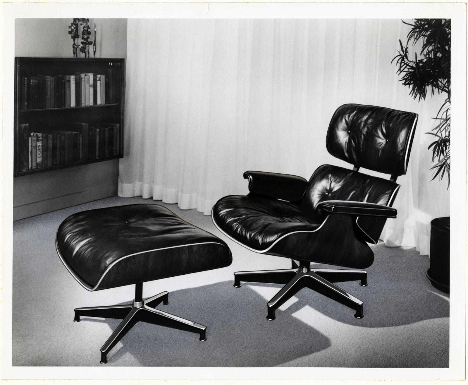 24 HM Eames 670 1956
